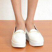 金線扣厚底休閒包鞋