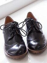 【格子舖】學院風尖頭綁帶牛津鞋粗低跟短靴裸靴 2色↘$399