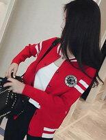 【BOBI】徽章運動休閒風短版棒球外套↘$270